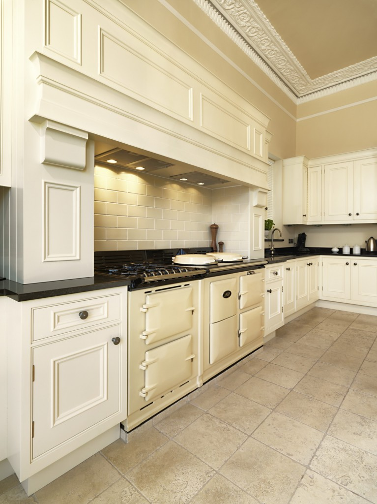 Darren_Peirce_kitchens-Warberry-01