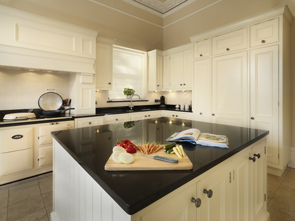 Darren_Peirce_kitchens-Warberry-05