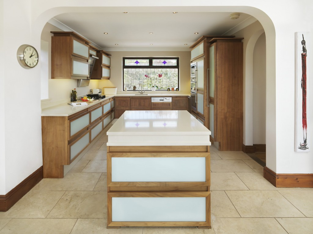 Darren_Peirce_kitchens-ilsham-01