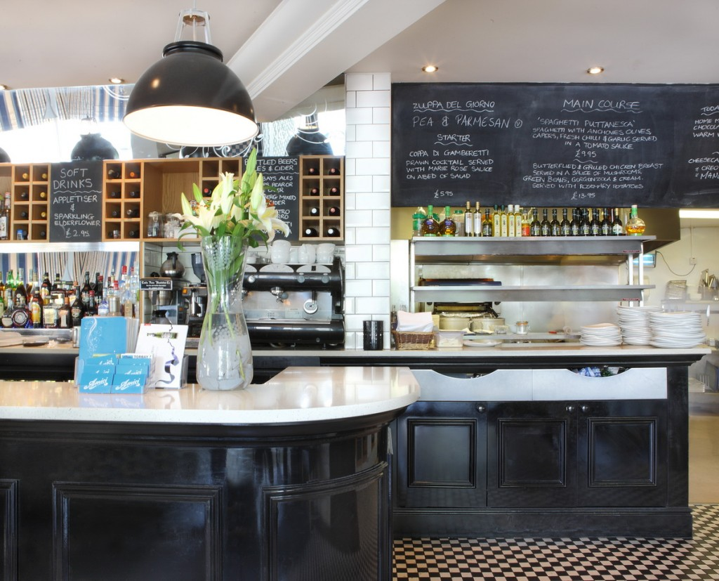 amici-italian-restaurant-04